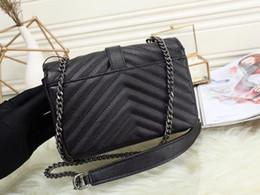 Bolsos de cuero negro de diseño online-Diseñador de cuero real del bolso bolsos de alta calidad de la cadena negro de la tela cruzada diseñador de las mujeres de hombro bolsas de cuero genuino