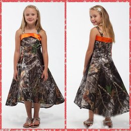 Wholesale 5t camo - Spaghetti Strap A-Line Camo Flower Girls Dresses Tea-Length Toddler Pageant Party Gowns Fashion Custom Spring Summer Kids Dresses