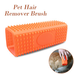 Removedor del pelo del animal doméstico al por mayor online-Dog Cat Pets Silicone Massage Grooming Tools Mascotas Removedor de pelo Dog Brush Green Orange Color Wholesale