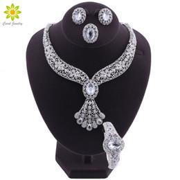 Ensembles de bijoux pour les femmes de mariage fleur perles africaines ensemble de bijoux collier boucles d'oreilles bracelet bague indien éthiopien bijoux ? partir de fabricateur