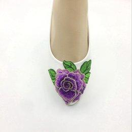 Lila schuhspitzen online-Handgemachte Frauen weißes Band blaue purpurrote Blumen-Hochzeitsschuhe flache Ballettspitzeblume Brautbrautjunfer beschuht Größe EU 35-41