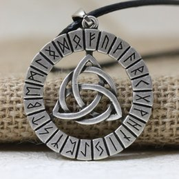 Collar de talismán online-LANGHONG 1 unids Nórdico Vikingos Runa Amuleto Colgante Collar Viking Nudo Original Amuleto Colgante Collar Talismán