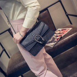 Wholesale Embossed Handbags - Womens Shoulder Bags Luxury Handbags Snake Leather Embossed Bag Chain Messenger Bags Crossbody Bag Brand Designer Ladies Hand Bags