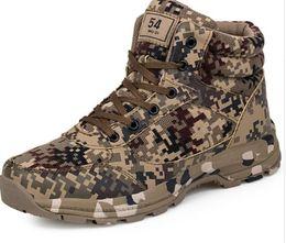 Cargadores militares del invierno de los hombres online-Invierno Tactical Men Boots Camuflaje Calor Algodón Ejército Zapatos Entrenador Calzado Mens Militar Boots Tamaño 36-46 Unisex