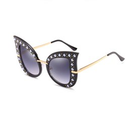 free diamond frame Promo Codes - New Fashion Cat Eye Sunglasses diamond Women black Frame Gradient Sun Glasses Driving UV400 Eyewear free shipping