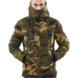 Canada Vestes d'hiver Armée Vert Parka Hommes Chaud Épaissir Manteau Vestes De Haute Qualité Bonne Coton-rembourré De Mode Camouflage Parkas Mâle supplier army parka jacket pads Offre