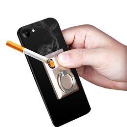 Argentina Soporte para teléfono móvil Anillo encendedor A prueba de viento Cargador USB Mini encendedor de cigarrillos Soporte de teléfono de anillo de dedo de 360 grados universal con encendedor USB supplier ring lighters Suministro
