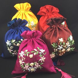Wholesale Silk Gift Pouches Large - Ribbon Embroidered Large Weddidng Birthday Gift Bags for Guests Tassel Drawstring China Silk Fabric Empty Jewelry Pouches 10pcs lot