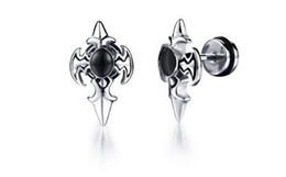 Orecchini coreani ipoallergenici online-Orecchini da uomo retrò black diamond versione coreana degli orecchini ipoallergenici in argento zircon con intarsi a croce