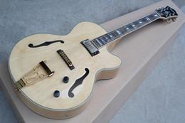 Кленовый шпон гитары онлайн-Оригинальный деревянный кленовый шпон толстого корпуса джазовой полой электрогитары может быть изменен по мере необходимости