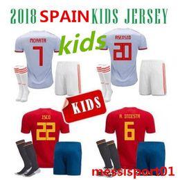 Wholesale mundial soccer - Niños España Soccer Jersey Kids Kit Copa Mundial 2018 España camiseta de Fútbol 2018 7 Morata 22 ISCO Asensio ventas de uniformes de fútbol