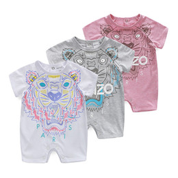 Tute bambino manica corta estate sottile stile puro cotone neonato bambino tuta strisciante bambini ricamo testa di tigre da