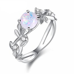 2019 inserciones de anillo de diamante Hermosa Princesa Olive Leaves Womens Jewelry Anillos Opal Diamond Insert Jewel Ring Accesorios de boda de moda rebajas inserciones de anillo de diamante