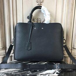Sacchetti portatili portatili online-2018 valigetta portatile da uomo nuova. Borsa per laptop in pelle di alta qualità. Tracolla tracolla staccabile in pelle. Top con doppia maniglia.