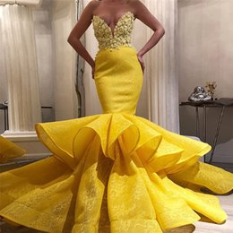 schatz rüsche prom blumen Rabatt Modest Yellow Mermaid Brautkleider Sweetheart Rüschen Bottom Abendkleider Sweep Zug Hand Flower Lace Besondere Anlässe Dress