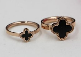 Wholesale Three Color Gold Ring - Wholesale fashion Korean version of black and white color shell clover ring female tail ring titanium steel plated rose gold ring jewelry