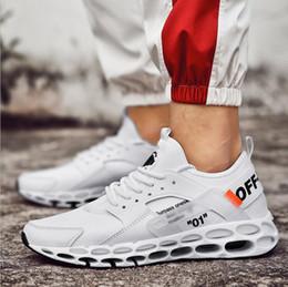 Argentina 2019 estilo caliente vogue nuevos hombres deportes zapatos para correr al aire libre ocio antideslizante fábrica precio directo al por mayor 7002 cheap hot running shoes Suministro