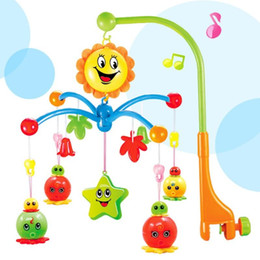 старые игрушки Скидка Детская кровать колокол новорожденный свет музыка колокол вращающиеся кровати дистанционного 0-1 летний прикроватные кулон раннего детства образование игрушки 26hy J R
