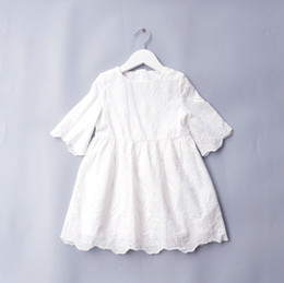 Wholesale Girls Pure Cotton Flowered Dresses - New 2018 Girls Dresses Short Sleeve Cotton Flower Hollow Dress Princess Dress Embroidered Girl Pure Color White Party Dress A8875