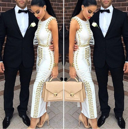 Kim schwarze kleider bodycon online-Sommer Frauen Sexy Bodycon schwarz weiß ärmellos verziert Perlen Maxi Rayon Verbandkleid Celebrity Kim Kardashian