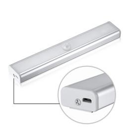 spiegeln flure Rabatt Wiederaufladbare pir motion sensor led nachtlicht lampe für flur weg treppe magnetstreifen wandbeleuchtung leg_73r