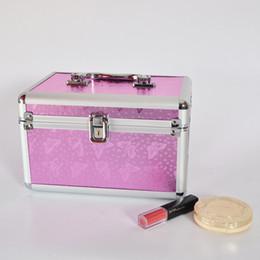 Canada Aluminium Cosmétique Maquillage Train Professionnel Case Boîte Qualité Avec Miroir Bijoux Organisateur Boîte Avec Serrure Maquilleur En Gros 24x15x16CM cheap aluminum case lock Offre