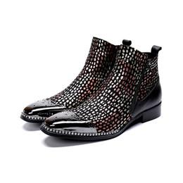 2019 botas estilo britânico homens Moda Punk Rock Martin Sapatos Mens Ankle Boots Zip Estilo Britânico Sapatos Casuais Homens Motocicleta Botas Masculinas Chaussure desconto botas estilo britânico homens