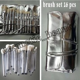 Wholesale Silver Makeup Brushes - Newest Kylie Jenner Silver Series Brush Professional Cosmetics Makeup Brushes Set Of 16 for 2018 new year and Valentine's Day