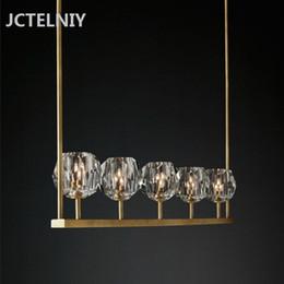 Chandelier fondos online-Fondo de sala de estar moderno de cristal largo comedor araña decorativa LED luz lámpara de cobre