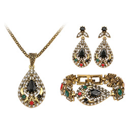 Wholesale colorful resin necklace - Jewelry Sets - Waterdrop Shaped Chocker Bracelets Chandelier Sets Golden Plated Necklaces Pendants Colorful Resin Dangle Earrings