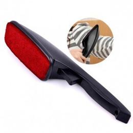 Removedor de polvo de ropa online-Venta caliente Magic Lint Dust Brush Pincel Pet Removedor de pelo Ropa de limpieza en seco con giratorio Diversión Diseño Herramientas de limpieza 1 3cq Z