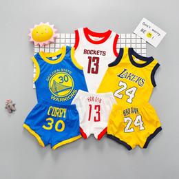 2t boys outfits online-Kinderbekleidungsset Babybekleidung-Sets Babykleidung Sommer Ärmelloses T-Shirt + kurze Hosen Kinder Jungen Outfits Digital