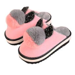 Обувь для кроликов онлайн-Женщины Зима Теплая Ful Тапочки Сладкий Прекрасный Venonat Кролика Уха Женщины Крытый Тапочки Домашние Тапочки Плюшевые Размер 35-40 Дом Обувь