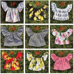2019 top con estampado de flores Summer Baby Flutter Sleeve Top Girls Camisetas sin mangas Toddler Floral Chaleco Camiseta Infantil Estampado de flores de algodón Ruffle Camisa 9 colores top con estampado de flores baratos