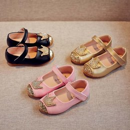 2018 new Spring Autumn Fashion crown Girls Dress Shoes sequin Pink princess  Childrens Shoes leather Gold Kids Shoes Girls Footwear A1841 e911034659e8