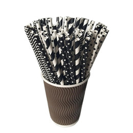 Wholesale white paper straw - 100pcs Pack Black White Paper Party Drinking Straw Black Theme Party Event CockTail Drink Straws Suction Tubes drop shipping