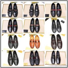 Vestidos de cor marrom escuro on-line-Best Men Dress shoes Monk sapatos feitos à mão sapatos feitos à mão Genuine bezerro Couro Cor marrom escuro cinta dupla fivelas 38-45