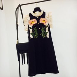 diseños para vestidos de cuello de pie. Rebajas Nuevo diseño de las mujeres del cuello del soporte de volantes de manga bordado flores suelta vestido de verano vestidos S M L