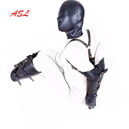 Calzamaglia online-BDSM Bondage Restraints Gioco di ruolo Mani Polsini Arm Leg Legger Hood Mask, PU in pelle stretto guanto singolo, Costumi adulti Sex Toys S1031
