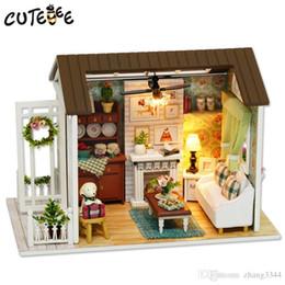 construir casa de vidrio Rebajas CUTEBEE Casa de Muñecas en Miniatura Casa de Muñecas DIY con Muebles Casa de Madera Juguetes Para Niños Regalo Happy Times Z008