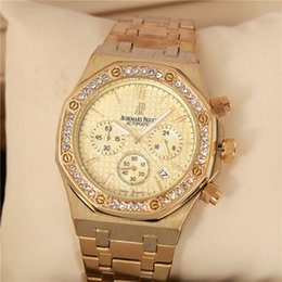Wholesale battery circle - Hot sale brand APAP LOGO 40mm diamond circle watch luxury watch classic women and mens watches clock Relogio brand Wristwatches