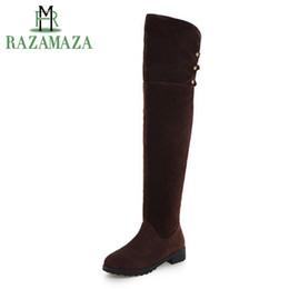 47f139cca RAZAMAZA Tamanho 33-43 Mulheres Sobre O Joelho Apartamentos Botas de Rebite  Para Botas de Inverno Com Sapatos de Pele Quente Apartamentos Longos Para  As ...