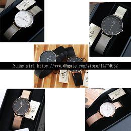 Meilleure version 32mm Stainess Steel Watch White / Black Face Box est facultative dans ce lien ? partir de fabricateur