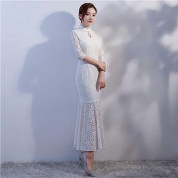 001ff222e6e Couleur blanche Cheongsam longue section robe en dentelle 2018 été nouvelle  manches courtes sexy mode élégante robe verte chinoise en gros
