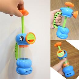 Pompa da bagno d'acqua online-Ippocampo Modeling Pump Faucet Sprinkler Toy Spray Bagnomaria Piscina per bambini Giocare Giocattoli per bambini 7 8 Y W