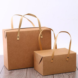 kuchenboxen Rabatt Weinlese-Kraftpapier-Geschenkbox-tragbarer Griff Macaron Bäckerei-Tortenschachteln Lebensmittelverpackungskasten Freies Verschiffen QW8840