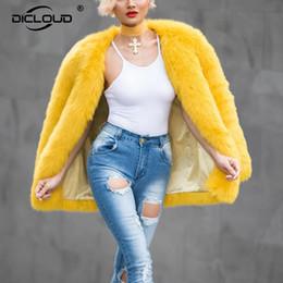 2019 дамы желтые куртки Глаз ловить желтый искусственный мех пальто куртки сгущаться теплые женщины зимняя куртка пальто мода верхняя одежда для женщин Дамы пальто дешево дамы желтые куртки
