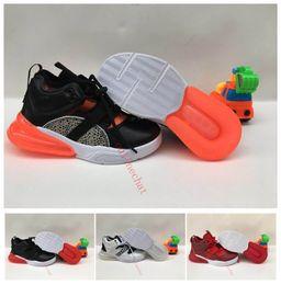 Nuevo diseñador 270 Kids Running Shoes Core Triple Negro Blanco Infantil 270s Paquete de entrenador Chicos ocasionales Gilrs Sport Sneaker Tamaño 28-35 desde fabricantes