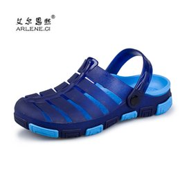 Wholesale Wholesalers For Cool Shoes - 2017 New brand Summer Men Slippers cool water Beach Jelly Sandals Male Shoes Hollow Out of the Drag Anti-skid Sandals for Men