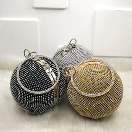 bridal handbags grey Coupons - Best Price Women Diamond Evening Bag Bridal Wedding Round Ball Crystal Bag Purse Fashion Tote Handbag Shining Crossbody Bag 2018 Fashion